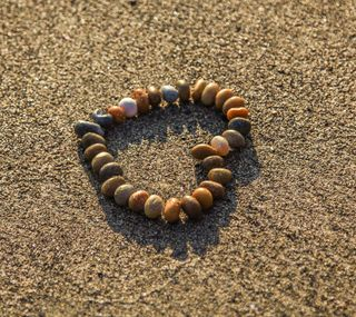 Обои на телефон макро, хипстер, сердце, пляж, песок, милые, любовь, камни, love, hd