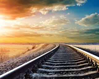 Обои на телефон пейзаж, зима, закат, железная дорога, дорога
