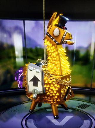 Обои на телефон фортнайт, золотые, llama, golden llama, fortnite