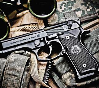 Обои на телефон пистолет, оружие, военные, caliber, beretta, 9mm
