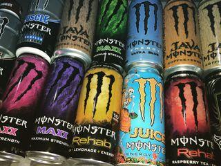Обои на телефон энергетики, логотипы, бар, monster, energydrink, bottles