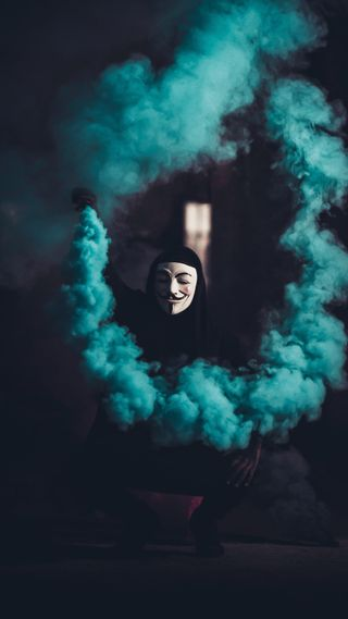Обои на телефон черные, парень, маска, дым, вспышка, в тренде, maskguy, mask guy