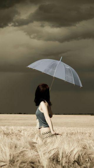 Обои на телефон пшеница, поле, погода, облачно, люди, девушки, амбрелла, wheat field, girl with umbrella