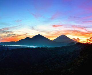 Обои на телефон восход, пейзаж, небо, индонезия, горы, kintamani, indonesia landscape, bali