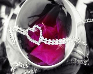 Обои на телефон лепестки, ты, сердце, розы, подарок, любовь, бриллианты, rose petals