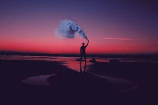 Обои на телефон темы, солнечный свет, солнце, сияние, природа, одинокий, молния, smoky lonely man, lightnings
