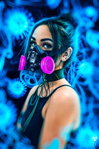 Обои на телефон фотошоп, неоновые, маска, женщина, девушки, вирус, брюнетка