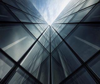 Обои на телефон небо, здания, mirrors, htc one, htc