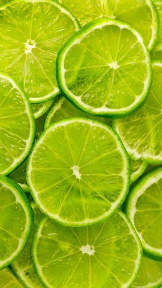 Обои на телефон свежие, фрукты, лимон, лайм, зеленые, slices, hd, 1080p