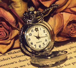 Обои на телефон книга, часы, цветы, технологии, старые, розы, винтаж, арт, античный, timepiece, pocket watch, art