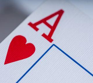 Обои на телефон макро, сердце, карты