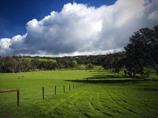 Обои на телефон холм, природа, пейзаж, дом