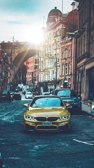 Обои на телефон купе, улица, транспорт, солнечный свет, машины, м4, город, бмв, bmw