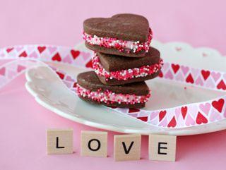 Обои на телефон торт, сердце, розовые, милые, любовь, буквы, yum, love