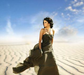 Обои на телефон пустыня, певец, актриса, selena gomez