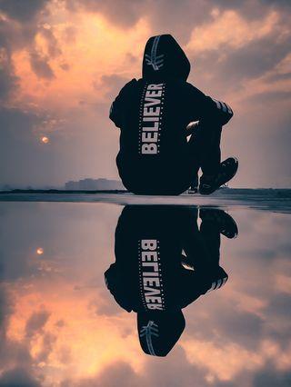 Обои на телефон отражение, отношение, мальчик, закат, believer
