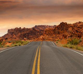 Обои на телефон пустыня, путь, дорога, горы