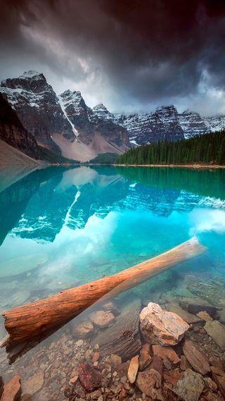 Обои на телефон storm clouds, the beauty of nature, природа, облака, горы, красота, река, шторм