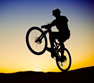Обои на телефон силуэт, закат, горы, байк, wheelie, epicness 2, biking