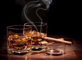 Обои на телефон сигара, виски, релакс, напиток, лед, дым, алкоголь, cognac