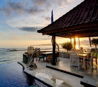 Обои на телефон море, закат, дом, pool