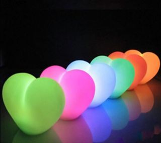 Обои на телефон светящиеся, цветные, сердце, романтика, приятные, огни, любовь, крутые, красочные, love