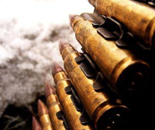 Обои на телефон bullet, bullet chain, война, военные, цепь
