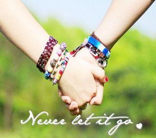 Обои на телефон руки, символ, романтика, приятные, прекрасные, поговорка, оно, новый, никогда, любовь, never let it go, love