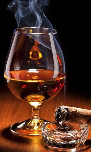 Обои на телефон сигара, напиток, дым, новый, крутые, scotch, brandy, alchol