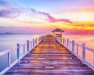 Обои на телефон ночь, пейзаж, фиолетовые, море, закат, свет, мост, дом, берег, пирс