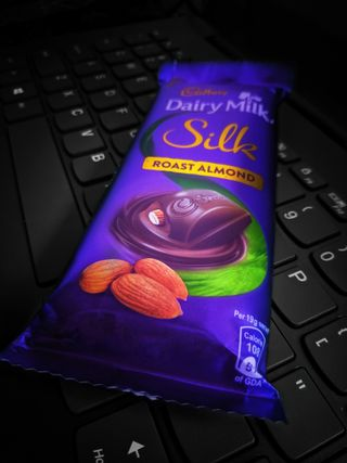 Обои на телефон шоколад, шелк, милые, клавиатура, dairymilk silk, almonds