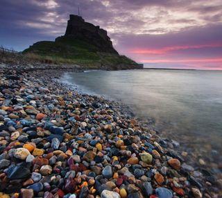 Обои на телефон берег, пляж, пейзаж, море, красочные, камни, закат, горы