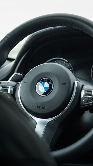 Обои на телефон спорт, колеса, интерьер, бмв, steering wheel, m steering wheel, m power, m performance, bmw