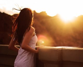 Обои на телефон ожидание, леди, женщина, девушки, горы, восход, girl and sunrise