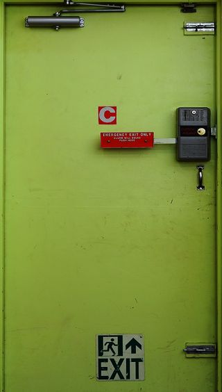 Обои на телефон фото, материал, дверь, grange