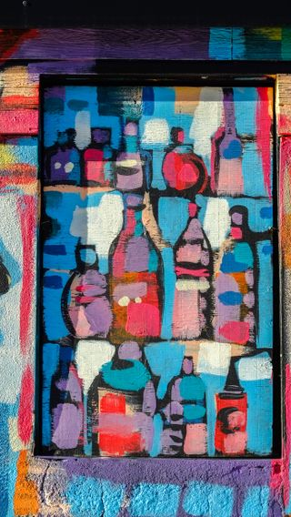 Обои на телефон бутылка, цветные, синие, розовые, оранжевые, одиночество, красые, желтые, белые, арт, torobita, art