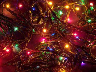 Обои на телефон свечи, снег, случаи, рождество, праздник, подарки, зима