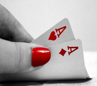Обои на телефон макро, рука, карты, забавные