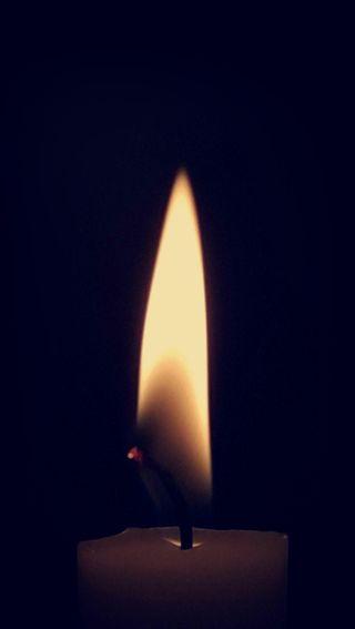 Обои на телефон мягкие, свеча, свет