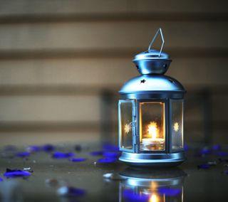 Обои на телефон свеча, пламя, свет, боке, блестящие