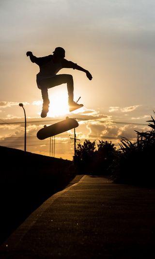 Обои на телефон солнечные, скейт, мальчик, доска